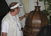 Křtitelnice byla nádherně vyřezávaná.