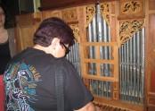 Zkoušeli jsme hrát na varhany.